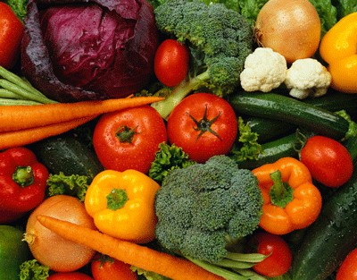Post image for Family meals, vegetables may keep kids trim